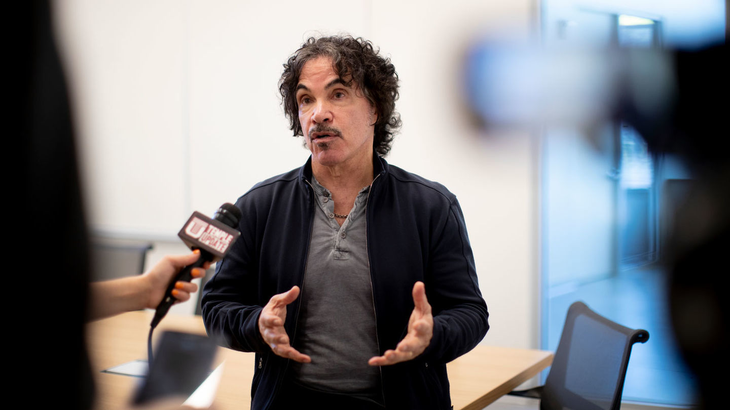 John Oates giving an exclusive interview to Temple Update students in 2019.
