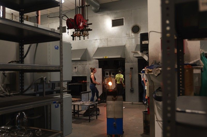 Tyler students working in Glass facilities