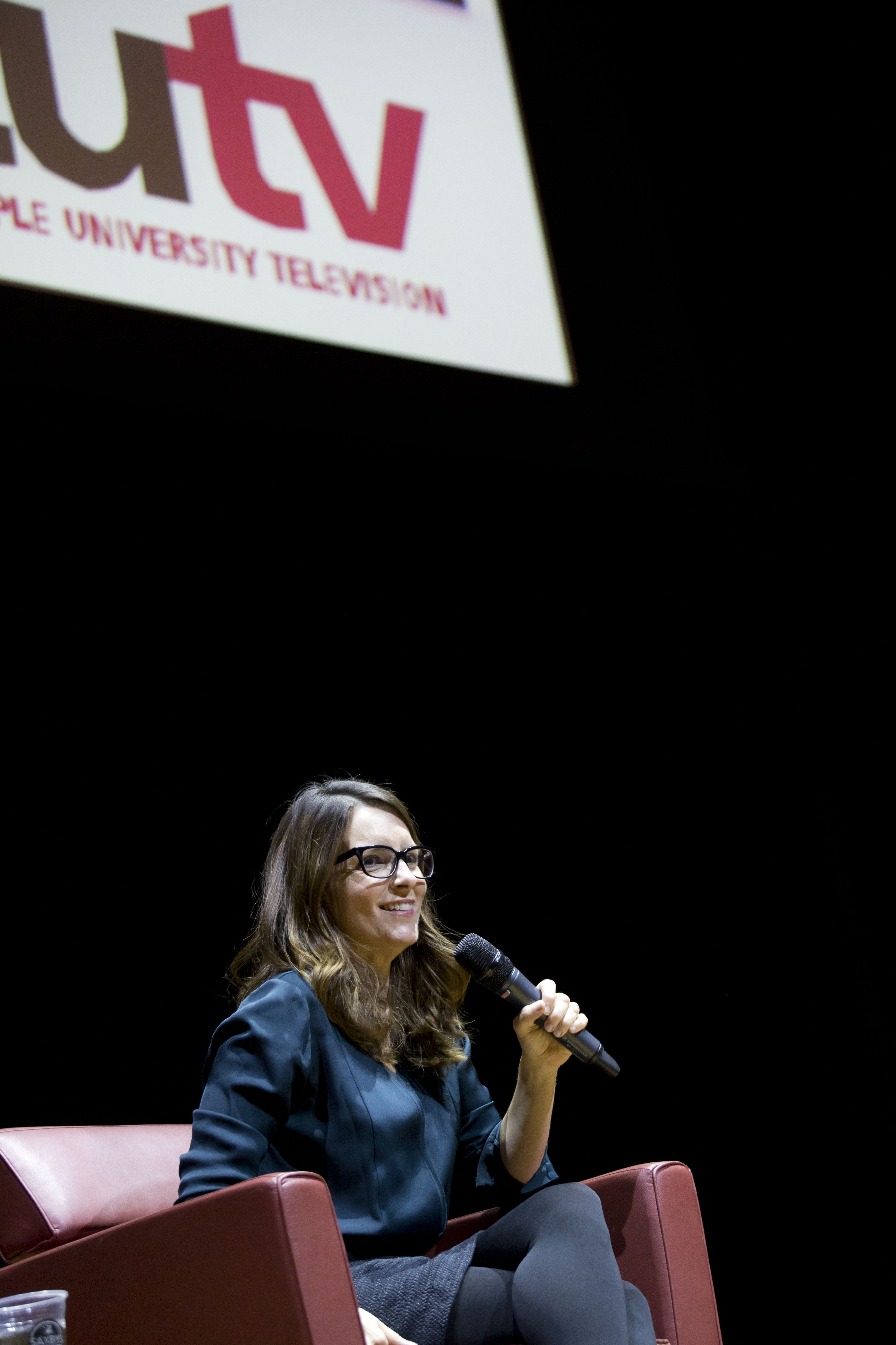 Tina Fey speaking with students, faculty, and staff at Lew Klein Alumni in the Media Awards in October 2016.